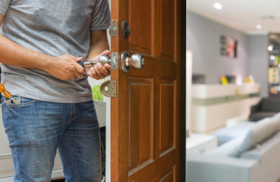 Highlighting Features of Approved Locksmith Services